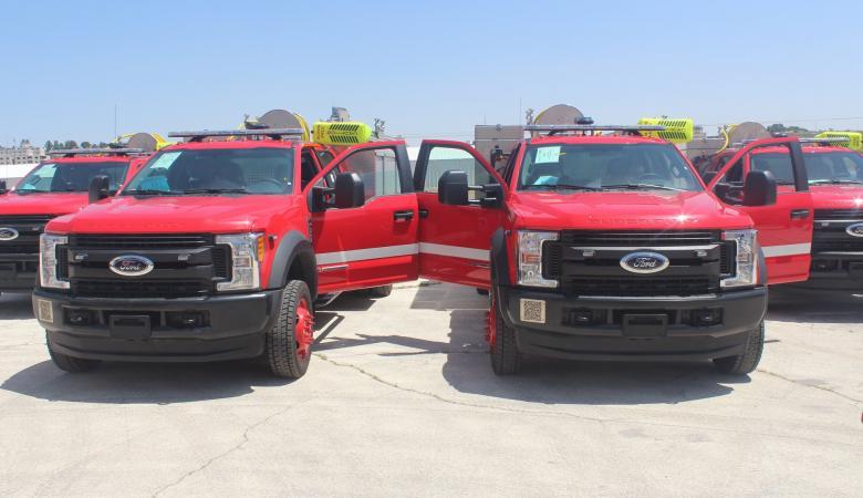 الدفاع المدني الفلسطيني يستلم ست مركبات انقاذ ومعدات جديدة موقع