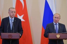 تفاهم تركي روسي لوقف إطلاق النار في ليبيا