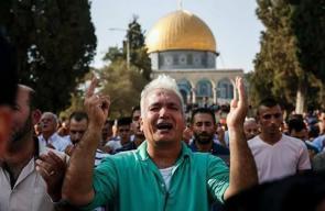 100 مصل يفتحون المسجد الأقصى المبارك