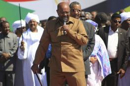 السودان ..البشير يتعرض لجلطة جديدة ويعيش في حالة سيئة