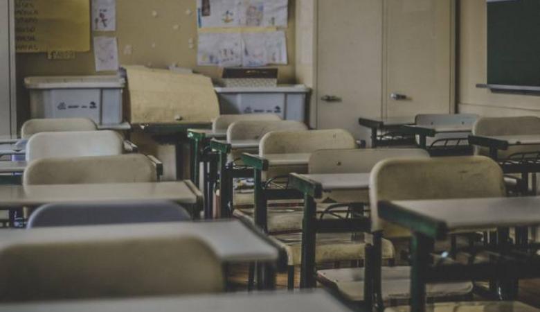 اغلاق 3 مدارس في الخليل بسبب فيروس كورونا