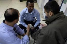 الصليب الأحمر: نحافظ على زيارة المعتقلين المضربين عن الطعام