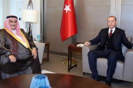 اردوغان يدعو لإنهاء الأزمة مع قطر قبل نهاية رمضان