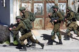 الاحتلال يعتقل مواطنين واندلاع مواجهات في الخليل