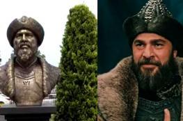 """فصل موظفين في بلدية تركية بسبب تمثال """"ارطغرل """""""