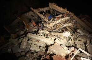 جانب من استهداف مبنى فضائية الأقصى بمدينة غزة