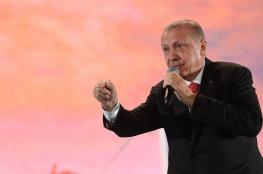 اردوغان يدافع عن الاسلام ويندد بتصريحات ماكرون العنصرية