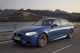 BMW M5 تنطلق رسمياً بنظام دفع كلي وقوة 592 حصان