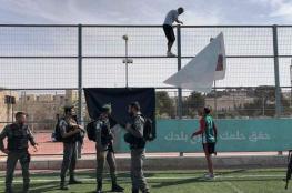 """الاحتلال يقتحم برج اللقلق في البلدة القديمة بالقدس ويزيل صورا للأسير """"نهاد الزغير """""""