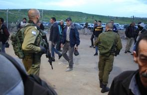الاحتلال يمنع العمال من هم فوق الخمسون عاما من دخول الاراضي المحتلة