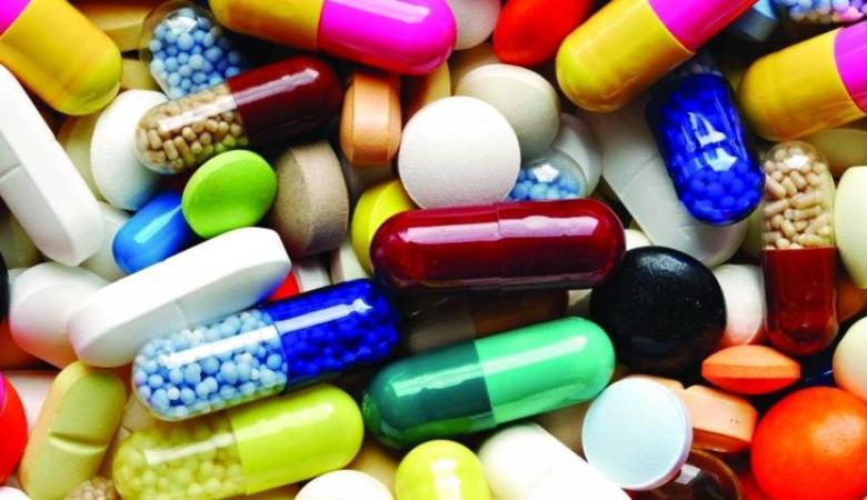 الصحة تُحذّر من شراء أدوية عبر الإنترنت