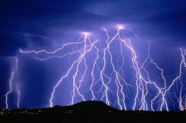 نهاية الاسبوع : امطار مصحوبة بعواصف رعدية