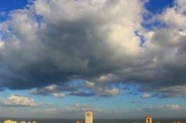 الطقس: أجواء غائمة جزئيا مع ارتفاع ملموس على درجات الحرارة