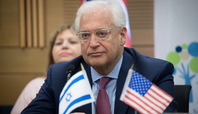السفير الاميركي لدى دولة الاحتلال: المستوطنون باقون في الضفة وإخلائهم سيتسبب بحرب أهلية