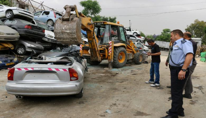 اتلاف 210 مركبة غير قانونية في رام الله