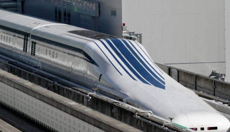 """معجزة اليابان الجديدة.. قطار """"يطير"""" بسرعة 600 كيلومتر"""