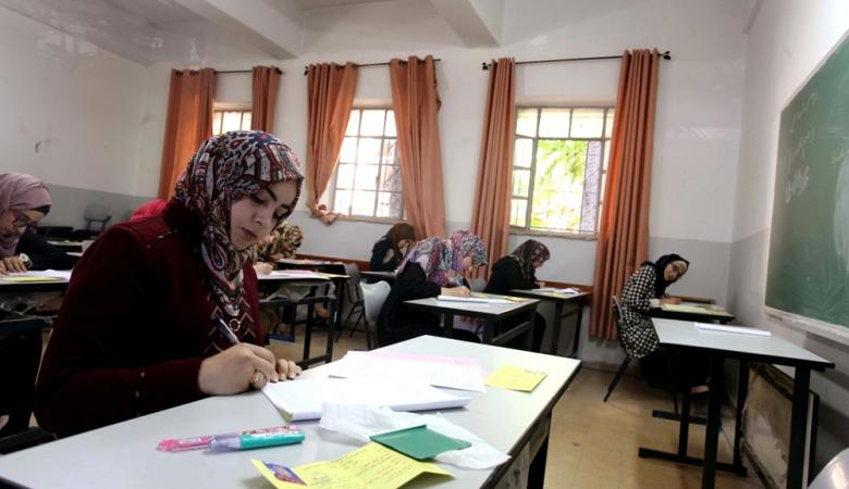 التربية تخصص مترجم إشارة للطلبة الصم في امتحان الثانوية العامة