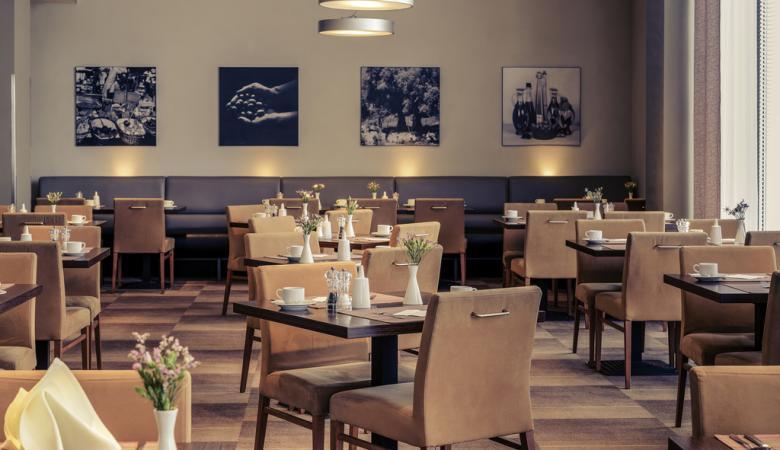 ايقاف 7 من اصحاب المطاعم والصالات في رام الله