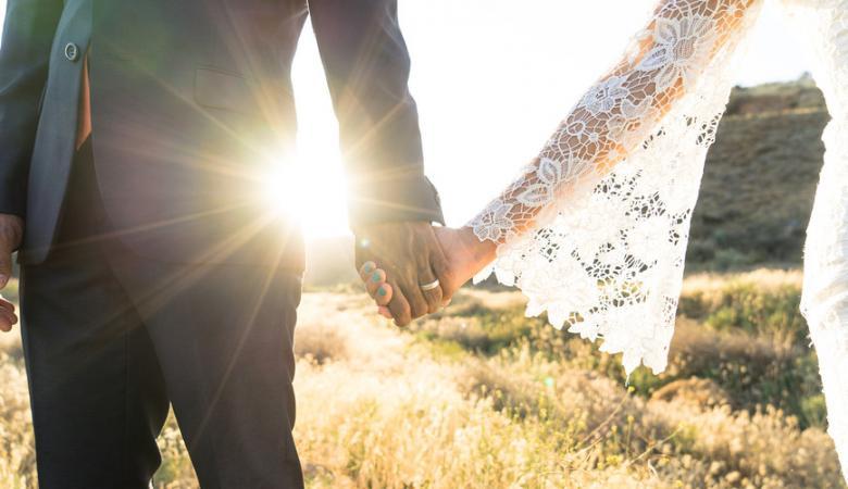 رجل يفجر نفسه في يوم زفاف ابنته