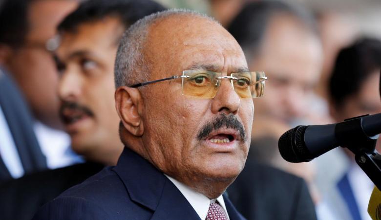 علي عبد الله صالح.. زعيم عربي آخر يقتل في الشارع على طريقة القذافي!
