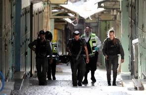 اطلاق النار على شاب فلسطيني بزعم تنفيذه عملية طعن في القدس