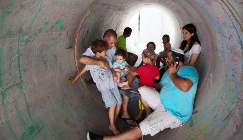 """""""تعليمات"""" إسرائيلية بعودة الحياة لمستوطنات محيط غزة"""