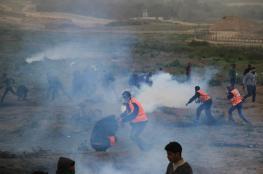 إصابة مواطن بالرصاص الحي وآخرين بالاختناق في مواجهات مع الاحتلال شمال غزة