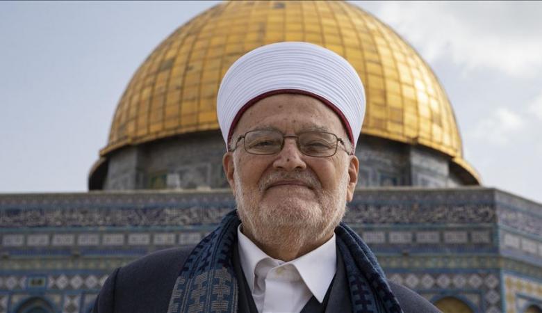 """خطيب الاقصى يحذر من تحويل المسجد الى """"كنيس يهودي"""