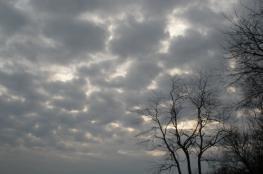 حالة الطقس :امطار على بعض المناطق وانخفاض على درجات الحرارة