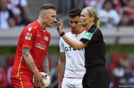 لأول مرة.. سيدة تقود مباريات الدوري الالماني