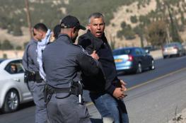 الاحتلال يحاصر قرية باب الشمس ويعتقل 6 من النشطاء بينهم فتاة
