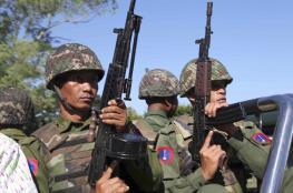 """ميانمار ترفض هدنة """"إنقاذ الروهينغا"""" وتدمر قرى"""