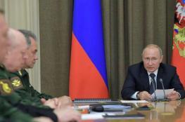 بوتين يعلن ارسال 102 سفينة حربية الى سواحل سوريا