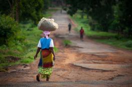 تقرير : نحو ملياري شخص حول العالم يعانون الفقر