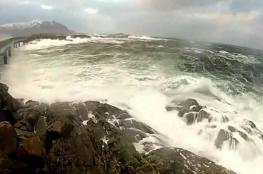 زلزال عنيف بقوة 8.2 درجة يضرب المحيط الهادي