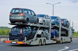 الحكومة تقرر منع استيراد السيارات من خارج فلسطين