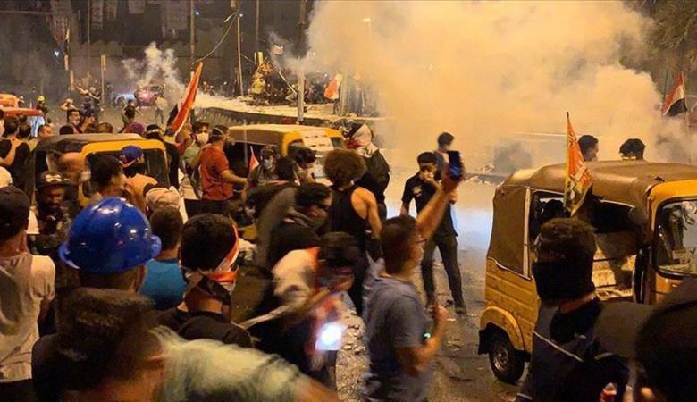 احتجاجات العراق : مقتل 400 شخص واصابة 19 آلف آخرين