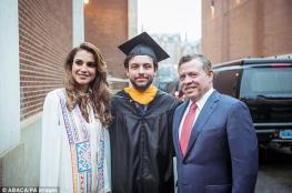 الملك عبد الله والملكة رانيا في لندن للاحتفال بتخرج ولي العهد.. هذا تخصص الحسين
