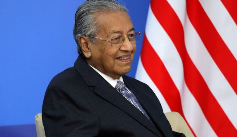 """ماليزيا : انقلاب سياسي ينتهي بالاطاحة """"بمهاتير محمد """""""