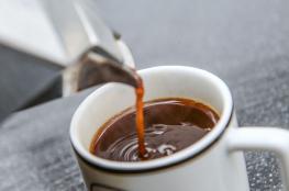 احتسي 25 فنجاناً  من القهوة يومياً  ولن تشعر بالضرر نهائياً