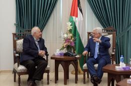 حنا ناصر يجتمع بالرئيس ليطلعه على نتائج اللقاءات التي عقدها في غزة
