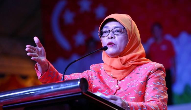 حليمة يعقوب.. أول امرأة من الأقلية المسلمة رئيسة لسنغافورة