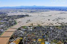 الاقوى منذ عقود.. مقتل 18 شخصا في اعصار يضرب اليابان