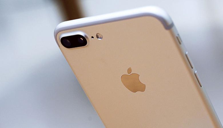 دراسة تكشف صعوبة آبل في تسويق هواتف آيفون 8