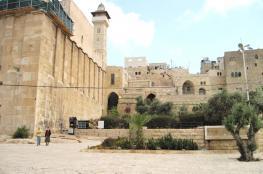 أكثر من 106 انتهاك للمسجد الأقصى والحرم الابراهيمي خلال الشهر الماضي