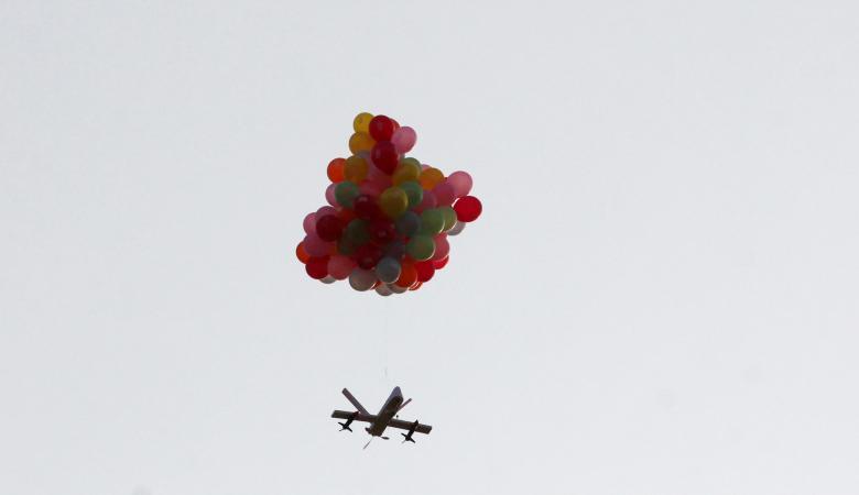 بالونات تحمل عبوات ناسفة تنفجر في مستوطنات غلاف غزة