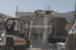 الاحتلال يجبر مواطنا على هدم منزله بالقدس المحتلة