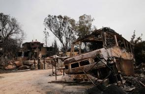 النيران تلهم منازل المستوطنين في حرائق شبت نتيجة ارتفاع درجات الحرارة