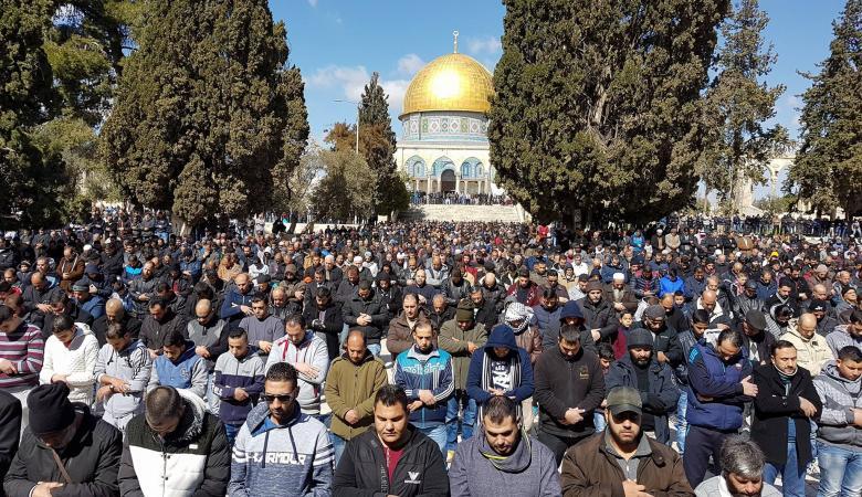 40 الف مواطن  أدو صلاة الجمعة في المسجد الأقصى