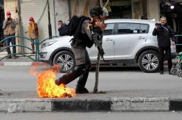 اعتقال شاب فلسطيني القى مولتوف صوب جندي اسرائيلي في الخليل